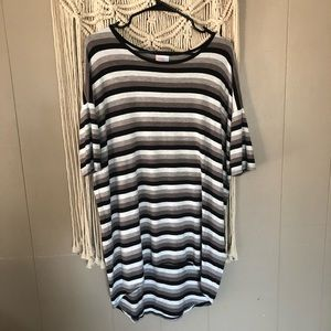 Lularoe black grey striped Irma shirt size xs